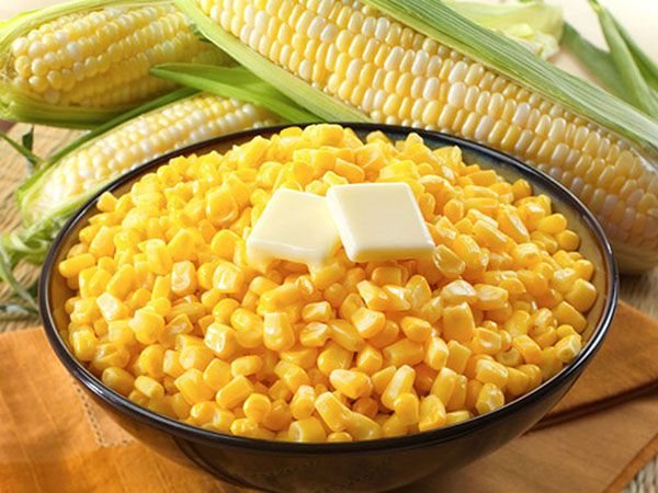 Bắp Mỹ Hạt có màu vàng sánh đẹp, làm tăng vị ngon ngọt cho món ăn