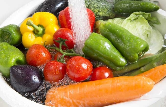 hướng dẫn cách xay rau cho bé ăn dặm không mất vitamin