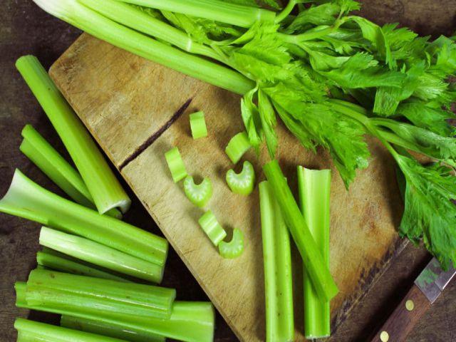 Cần tây chứa nhiều chất dinh dưỡng