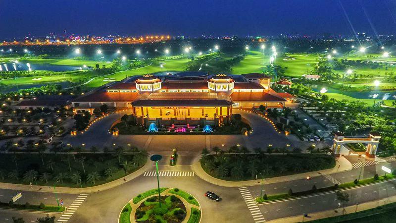 Sân golf Tân Sơn Nhất là sân golf nằm cạnh đường băng sân bay Tân Sơn Nhất