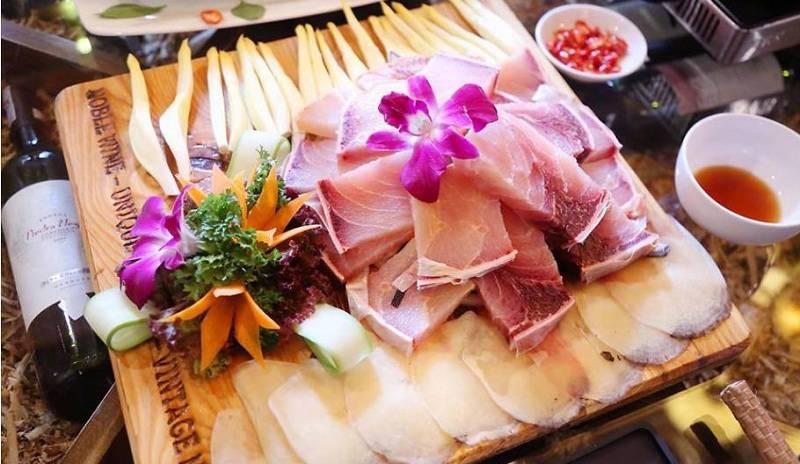 Hàng Dương Quán 1 với những món ăn tươi ngon