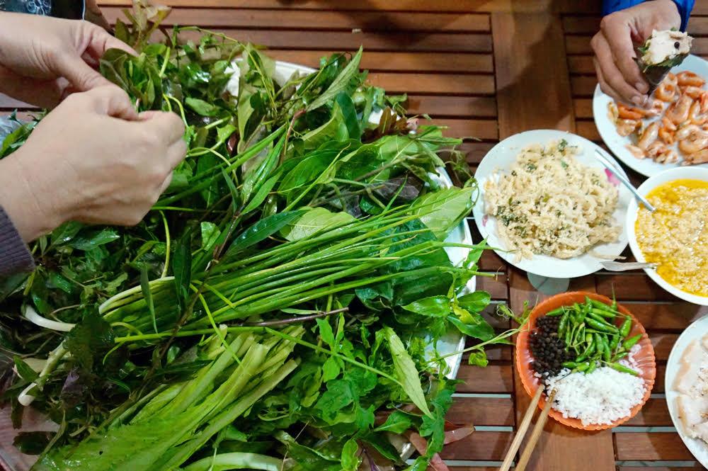 Rau lủi rừng mang nhiều chất bổ dưỡng rất tốt cho sức khỏe